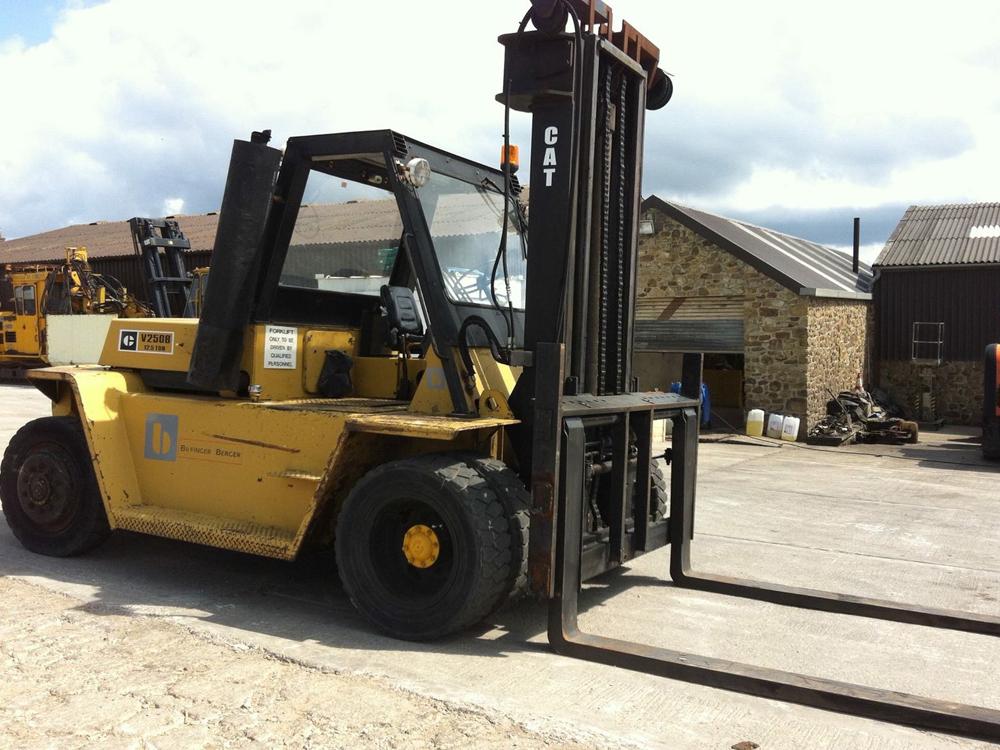 Caterpillar Forklift Shipped Sri Lanka